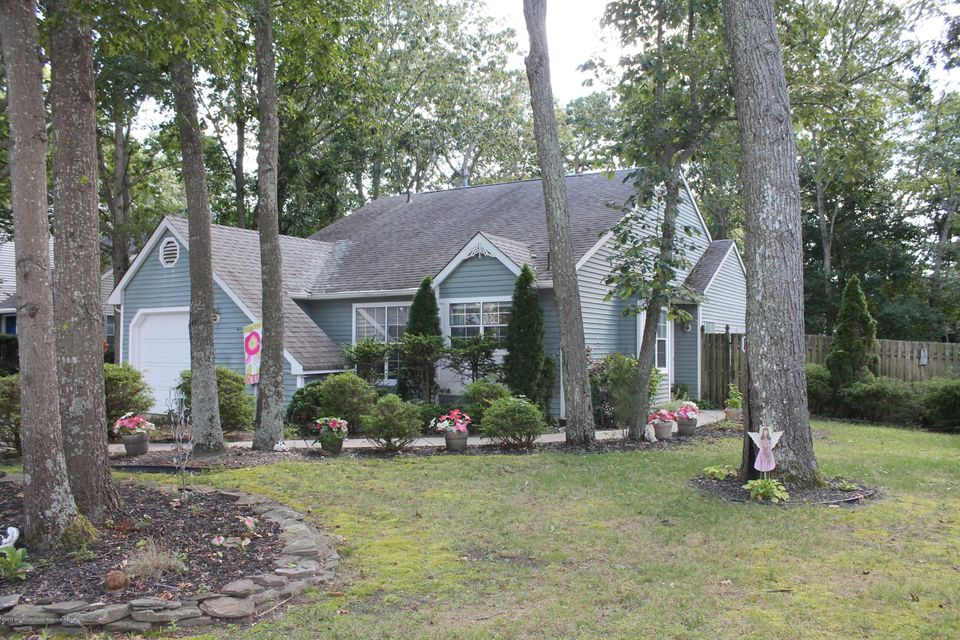 House for Sale at 702 Falcon Crest Court 702 Falcon Crest Court Galloway, New Jersey 08205 United States