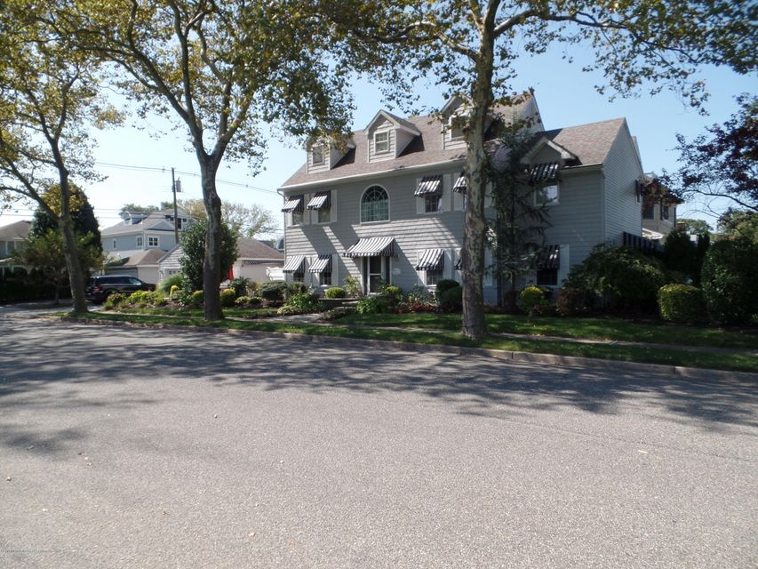 Single Family Home for Sale at 500 Baltimore Boulevard 500 Baltimore Boulevard Sea Girt, New Jersey 08750 United States