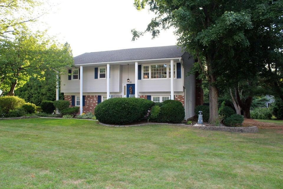 Maison unifamiliale pour l Vente à 77 Hosford Avenue 77 Hosford Avenue Leonardo, New Jersey 07737 États-Unis