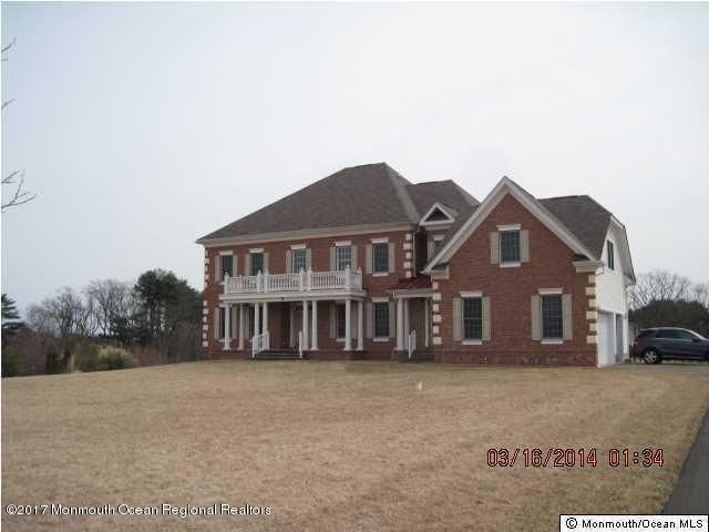 Single Family Home for Sale at 8 Crest Fruit Court 8 Crest Fruit Court Manalapan, New Jersey 07726 United States