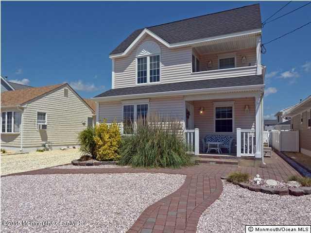 独户住宅 为 出租 在 19 Haddonfield Avenue 19 Haddonfield Avenue Lavallette, 新泽西州 08735 美国