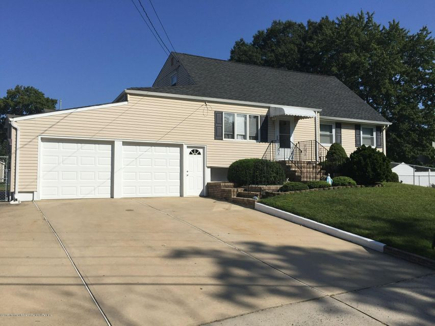 Single Family Home for Sale at 1 Virginia Avenue 1 Virginia Avenue Hazlet, New Jersey 07730 United States