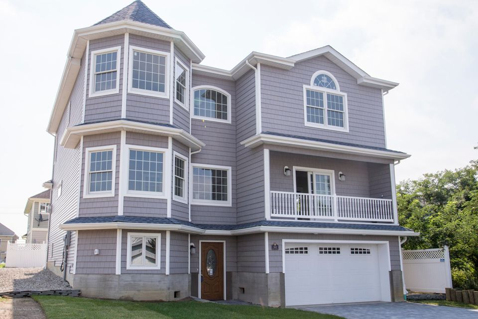 Maison unifamiliale pour l Vente à 1614 Lake Avenue 1614 Lake Avenue Point Pleasant Beach, New Jersey 08742 États-Unis