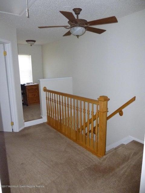 Upstairs Hall & Loft