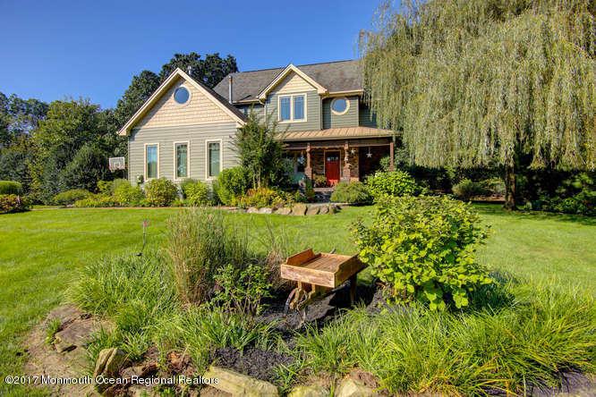 独户住宅 为 销售 在 4 Country Woods Drive 4 Country Woods Drive 新埃及, 新泽西州 08533 美国