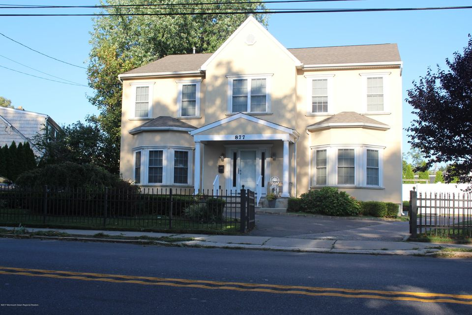 Maison unifamiliale pour l Vente à 877 Norwood Avenue 877 Norwood Avenue Long Branch, New Jersey 07740 États-Unis