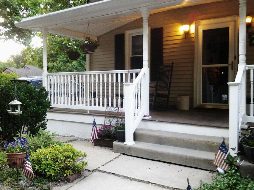 Casa Unifamiliar por un Venta en 219 Hillside Avenue 219 Hillside Avenue Atlantic Highlands, Nueva Jersey 07716 Estados Unidos