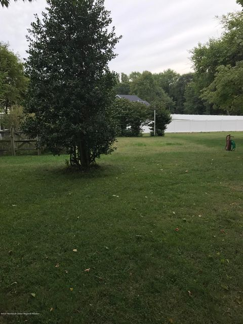 Land for Sale at 106 Leedsville Drive 106 Leedsville Drive Lincroft, New Jersey 07738 United States