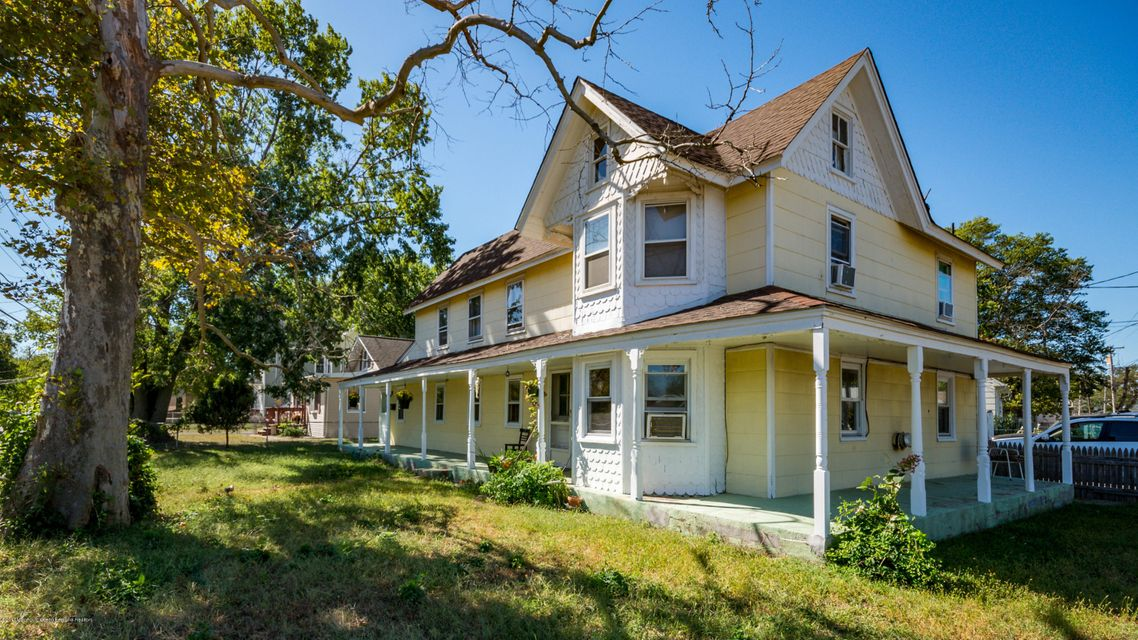 Casa multifamiliare per Vendita alle ore 41 Main Street 41 Main Street Keansburg, New Jersey 07734 Stati Uniti