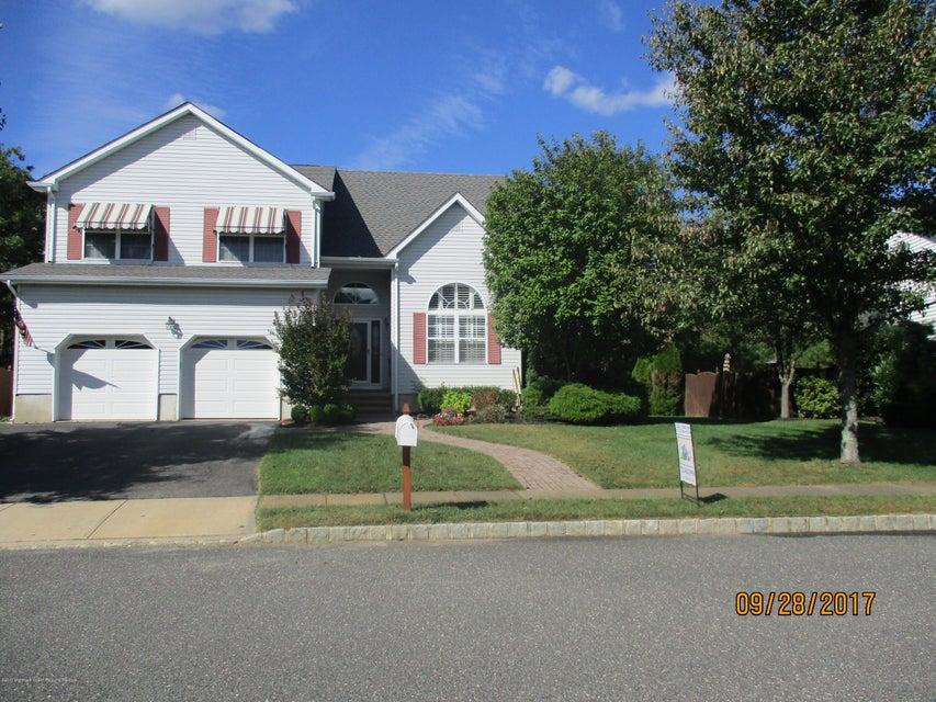 Maison unifamiliale pour l Vente à 32 Netty Street 32 Netty Street Howell, New Jersey 07731 États-Unis