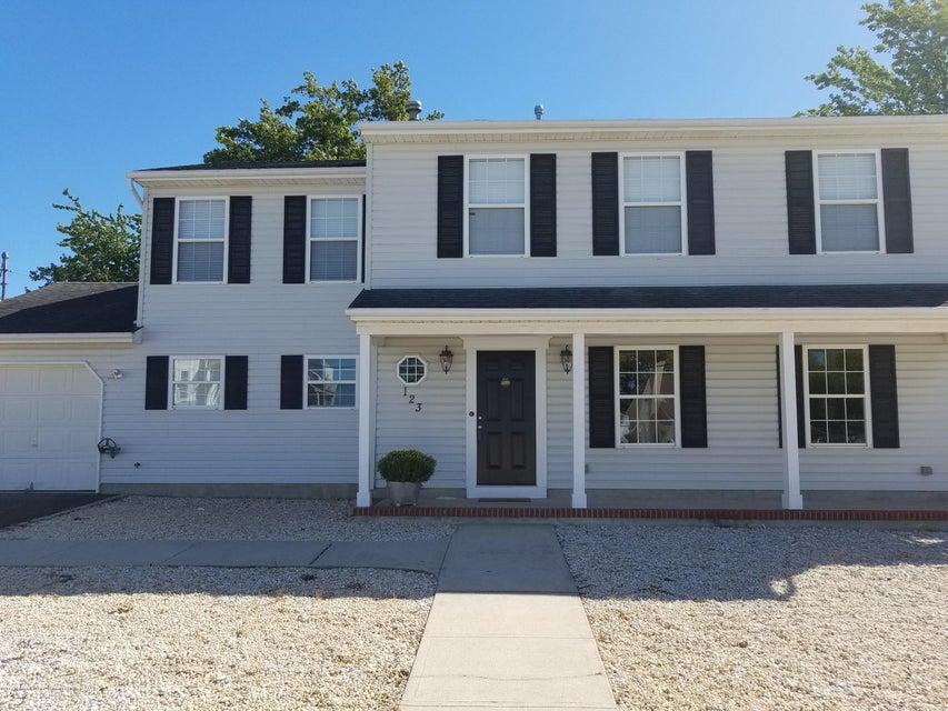独户住宅 为 出租 在 123 Mathis Drive 123 Mathis Drive 布里克, 新泽西州 08723 美国