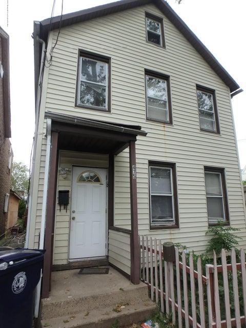 Casa Multifamiliar por un Venta en 475 Division Street 475 Division Street Perth Amboy, Nueva Jersey 08862 Estados Unidos