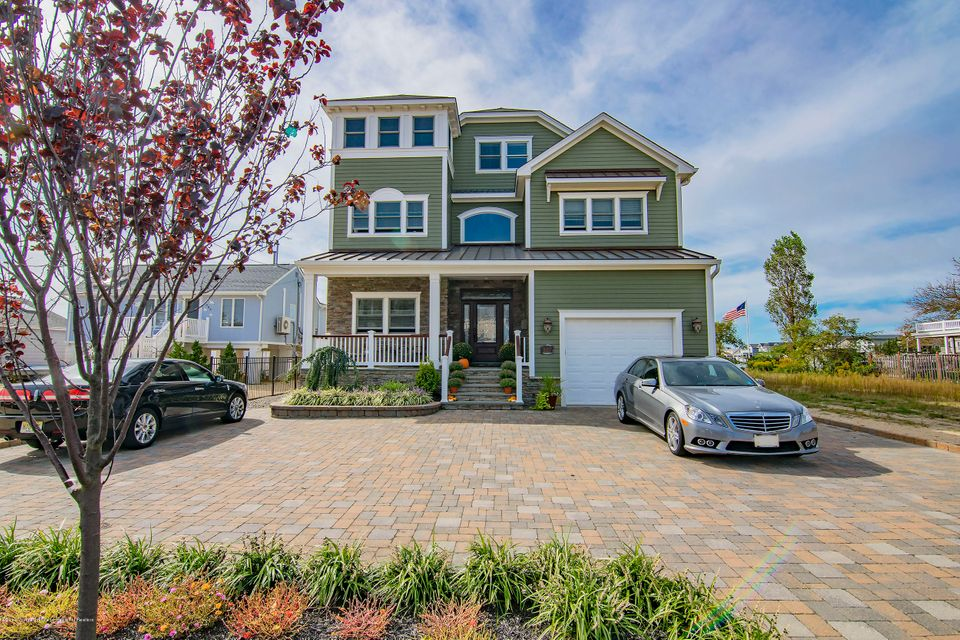 Single Family Home for Sale at 2027 Bay Boulevard 2027 Bay Boulevard Ortley Beach, New Jersey 08751 United States