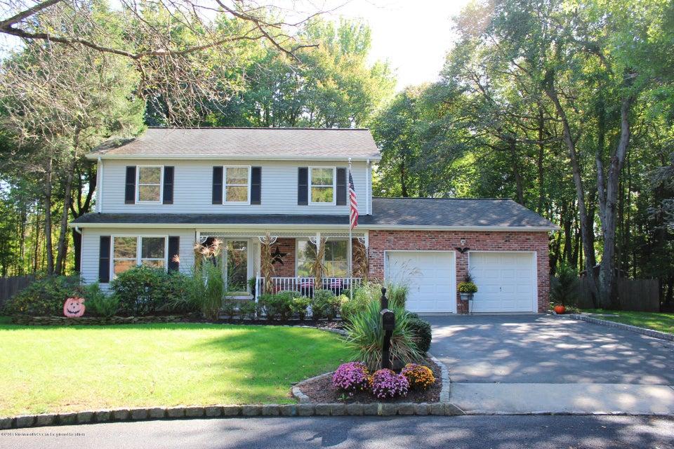 Maison unifamiliale pour l Vente à 9 Willow Ridge Court 9 Willow Ridge Court Matawan, New Jersey 07747 États-Unis