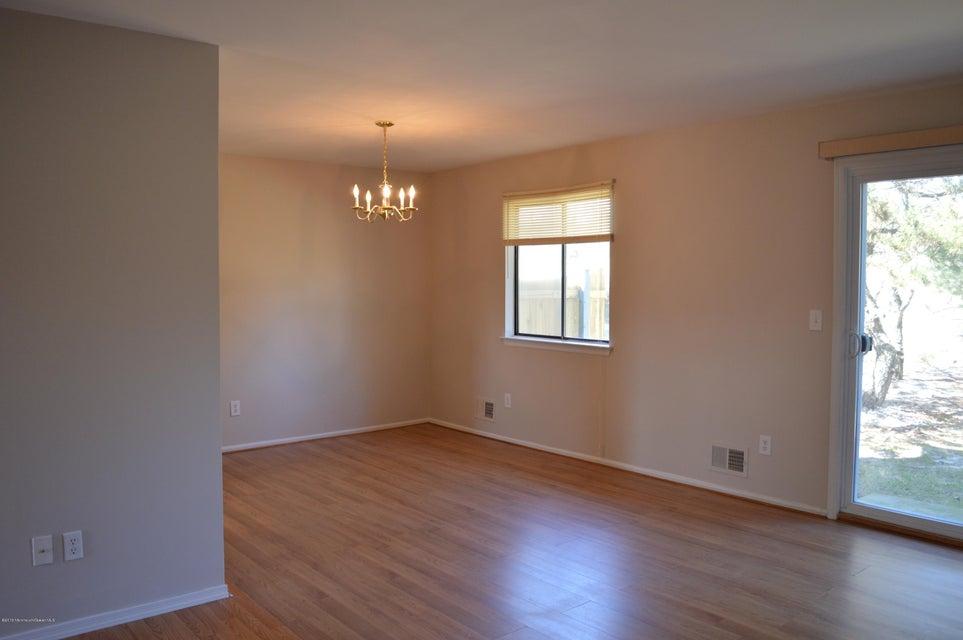 Appartement en copropriété pour l à louer à 22 Alec Drive 22 Alec Drive Howell, New Jersey 07731 États-Unis