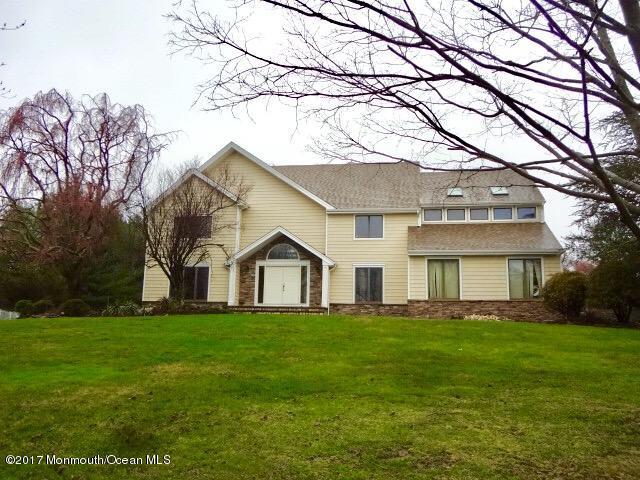 Single Family Home for Rent at 19 Riverside Lane 19 Riverside Lane Holmdel, New Jersey 07733 United States