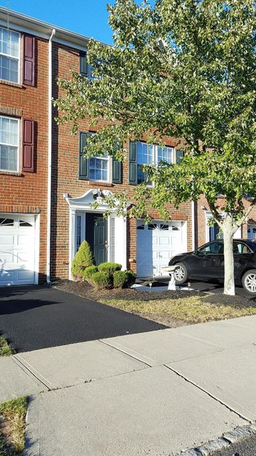 Condominium for Rent at 9 Abby Road 9 Abby Road Farmingdale, New Jersey 07727 United States