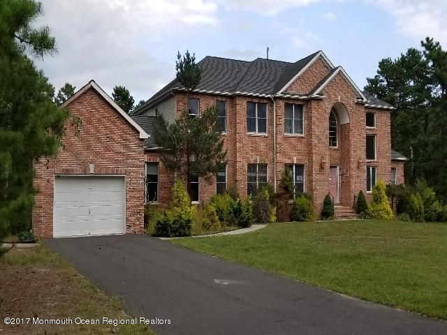 Maison unifamiliale pour l Vente à 1800 Pennsylvania Avenue 1800 Pennsylvania Avenue Whiting, New Jersey 08759 États-Unis