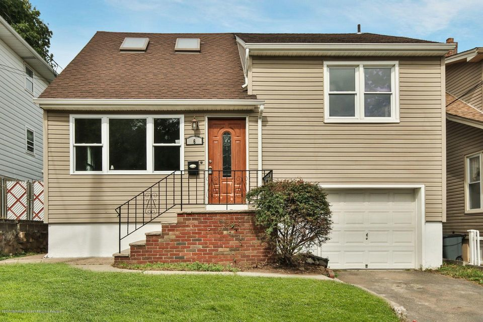 Casa Unifamiliar por un Venta en 6 Katz Avenue 6 Katz Avenue Paterson, Nueva Jersey 07522 Estados Unidos
