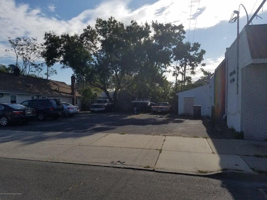 Additional photo for property listing at 20 Main Street 20 Main Street Keansburg, Nueva Jersey 07734 Estados Unidos