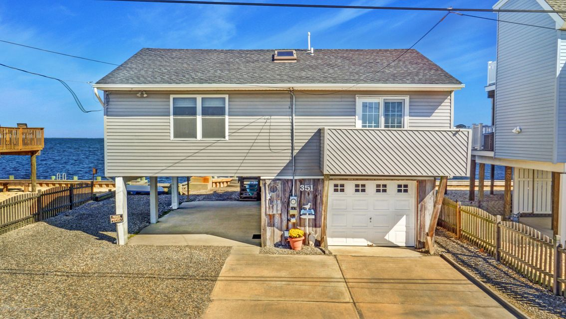 단독 가정 주택 용 매매 에 351 Bay Shore Drive 351 Bay Shore Drive Barnegat, 뉴저지 08005 미국