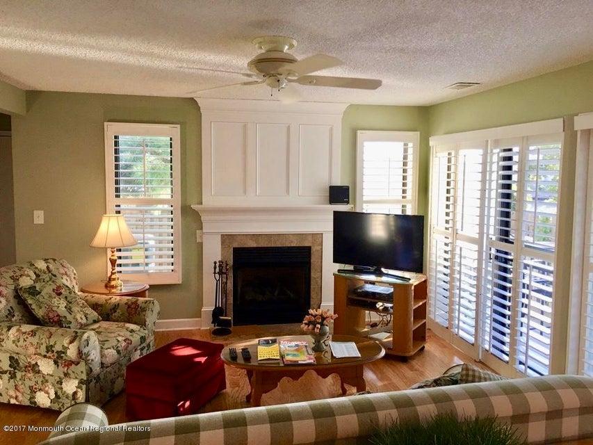 Condominio por un Alquiler en Address Not Available Ortley Beach, Nueva Jersey 08751 Estados Unidos