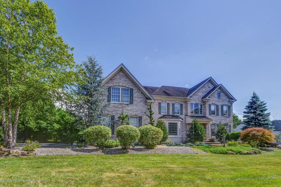独户住宅 为 销售 在 11 Dutchess Drive 11 Dutchess Drive Upper Freehold, 新泽西州 08501 美国