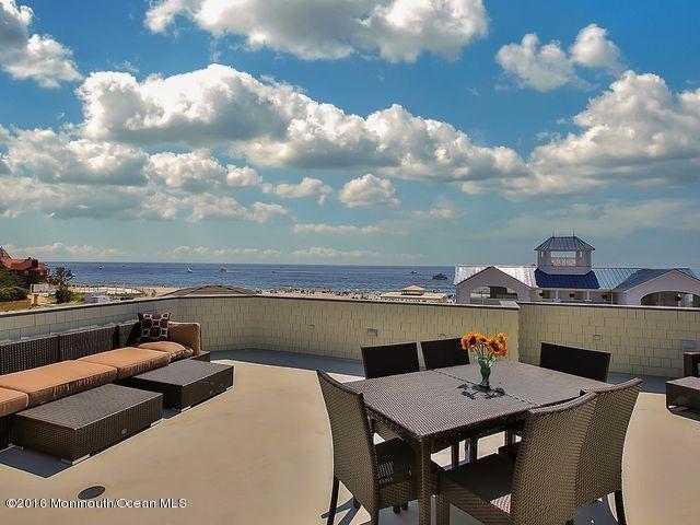 Maison unifamiliale pour l Vente à 28 Ocean Avenue 28 Ocean Avenue Monmouth Beach, New Jersey 07750 États-Unis