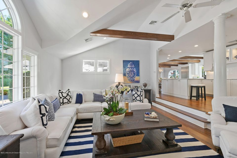 Einfamilienhaus für Verkauf beim 237 Kemp Avenue 237 Kemp Avenue Fair Haven, New Jersey 07704 Vereinigte Staaten