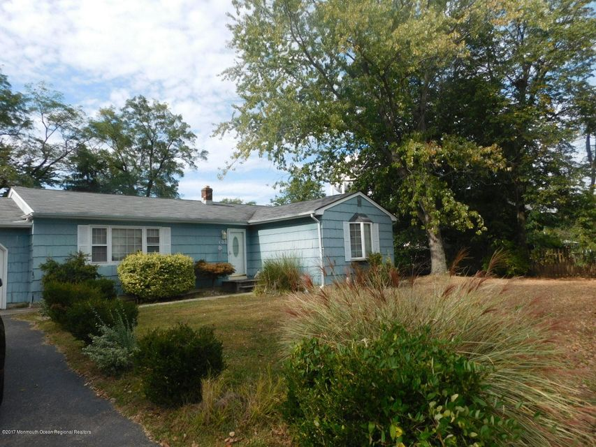 Single Family Home for Sale at 33 Half Acre Road 33 Half Acre Road Jamesburg, New Jersey 08831 United States