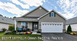 Maison unifamiliale pour l Vente à 306 Cedarwood Court 306 Cedarwood Court Whiting, New Jersey 08759 États-Unis