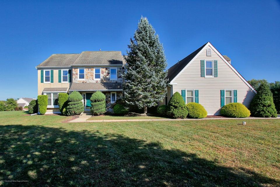 Maison unifamiliale pour l Vente à 16 Van Arsdale Circle 16 Van Arsdale Circle Perrineville, New Jersey 08535 États-Unis