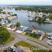 Tek Ailelik Ev için Satış at 41 Parkers Point Boulevard 41 Parkers Point Boulevard Lacey, New Jersey 08734 Amerika Birleşik Devletleri