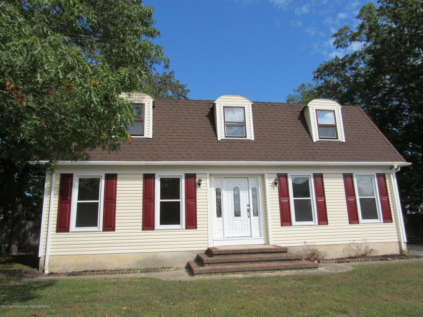 Casa Unifamiliar por un Venta en 908 Elwood Street 908 Elwood Street Lacey, Nueva Jersey 08734 Estados Unidos