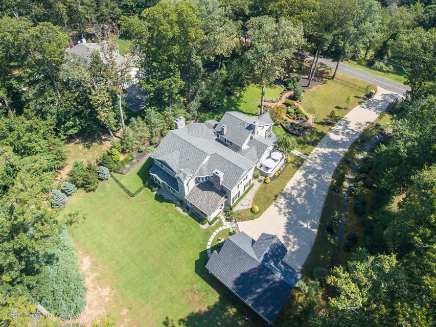 221 Heyers Mill Rd Colts Neck-large-003-