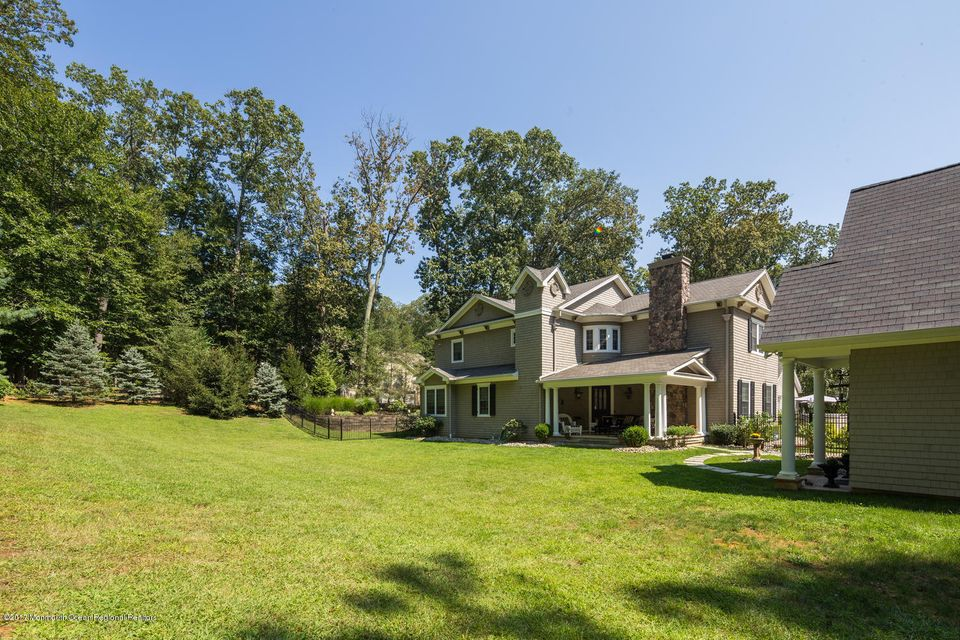 221 Heyers Mill Rd Colts Neck-large-005-