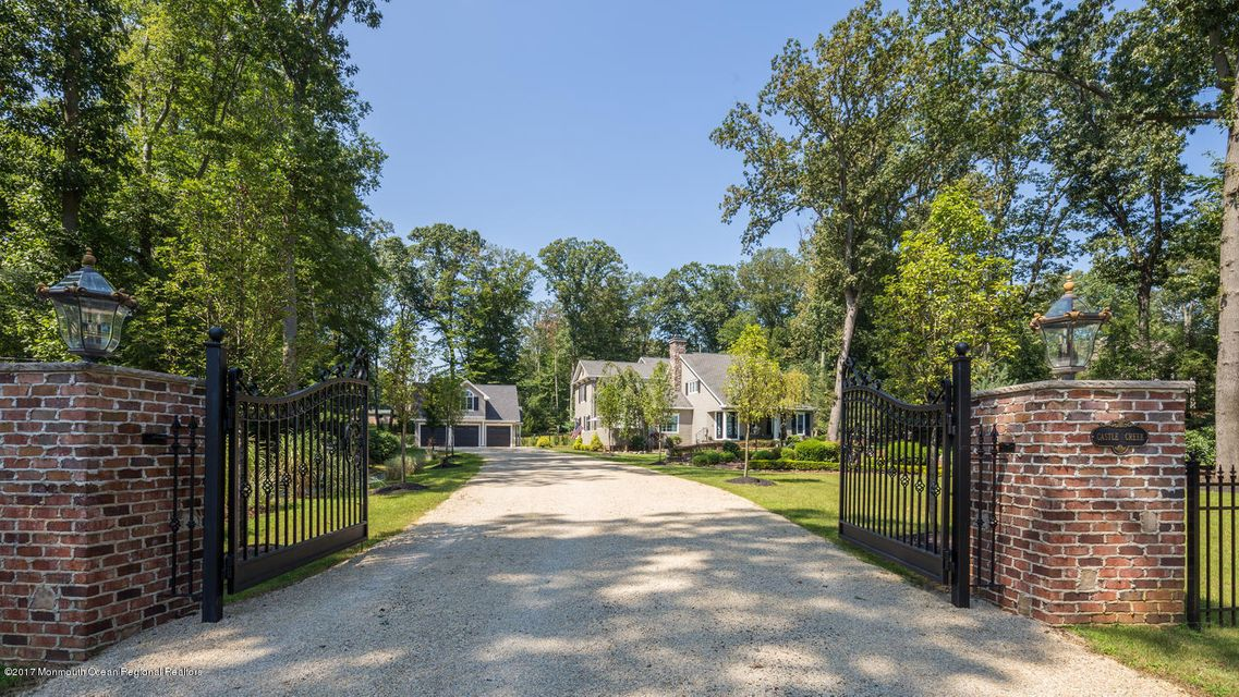 221 Heyers Mill Rd Colts Neck-large-009-