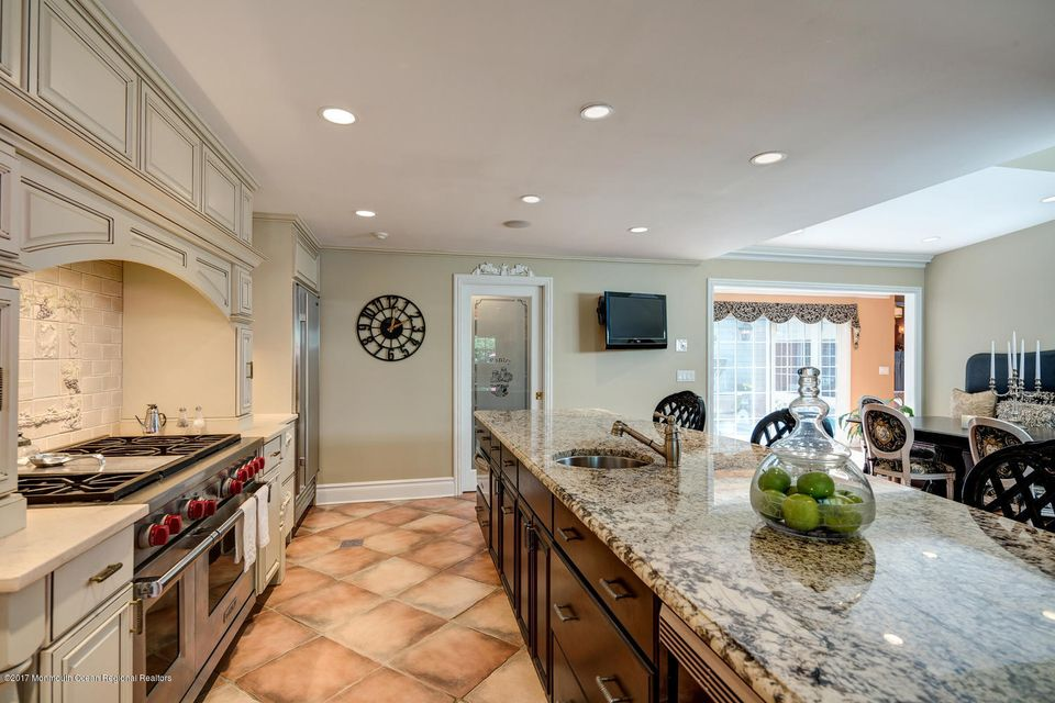 221 Heyers Mill Rd Colts Neck-large-036-