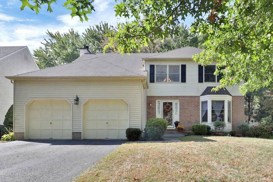 Tek Ailelik Ev için Satış at 84 Meadow Drive 84 Meadow Drive Shrewsbury, New Jersey 07702 Amerika Birleşik Devletleri