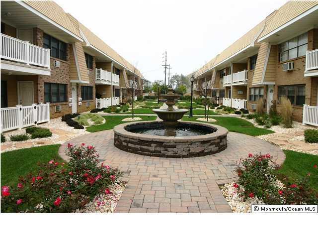 Condominio por un Alquiler en 1340 Ocean Avenue 1340 Ocean Avenue Sea Bright, Nueva Jersey 07760 Estados Unidos