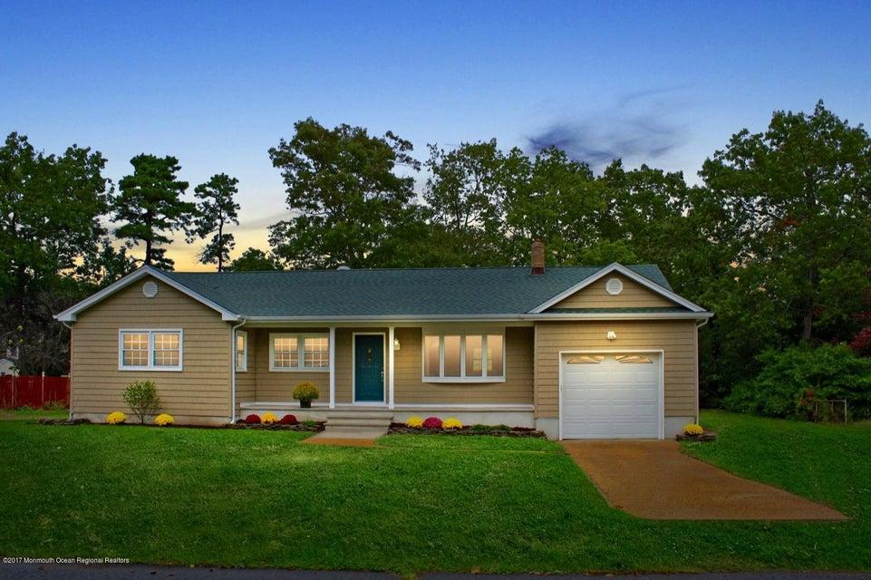 Tek Ailelik Ev için Satış at 530 Linden Avenue 530 Linden Avenue Pine Beach, New Jersey 08741 Amerika Birleşik Devletleri