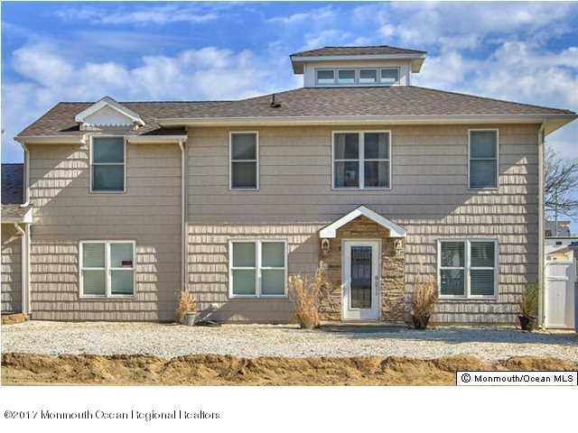 Casa Unifamiliar por un Alquiler en 121 3rd Avenue 121 3rd Avenue Ortley Beach, Nueva Jersey 08751 Estados Unidos