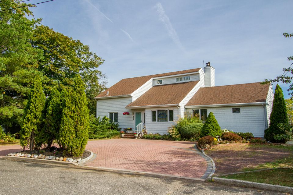 Single Family Home for Sale at 429 River Street 429 River Street Oceanport, New Jersey 07757 United States