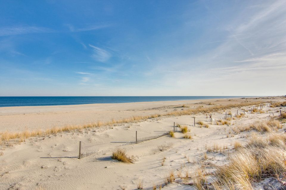 Single Family Home for Sale at 1566 Ocean Avenue 1566 Ocean Avenue Sea Bright, New Jersey 07760 United States