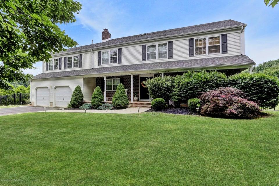 Maison unifamiliale pour l Vente à 11 Burdge Drive 11 Burdge Drive Middletown, New Jersey 07748 États-Unis
