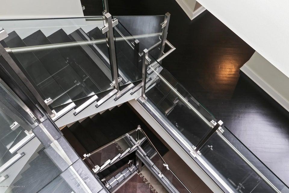 Stairway - Runs 4 Levels