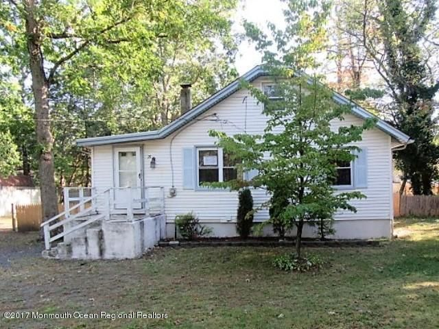 Single Family Home for Sale at 29 Orchard Avenue 29 Orchard Avenue Browns Mills, New Jersey 08015 United States