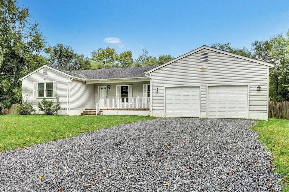 Maison unifamiliale pour l Vente à 1 Helen Avenue 1 Helen Avenue Plumsted, New Jersey 08533 États-Unis