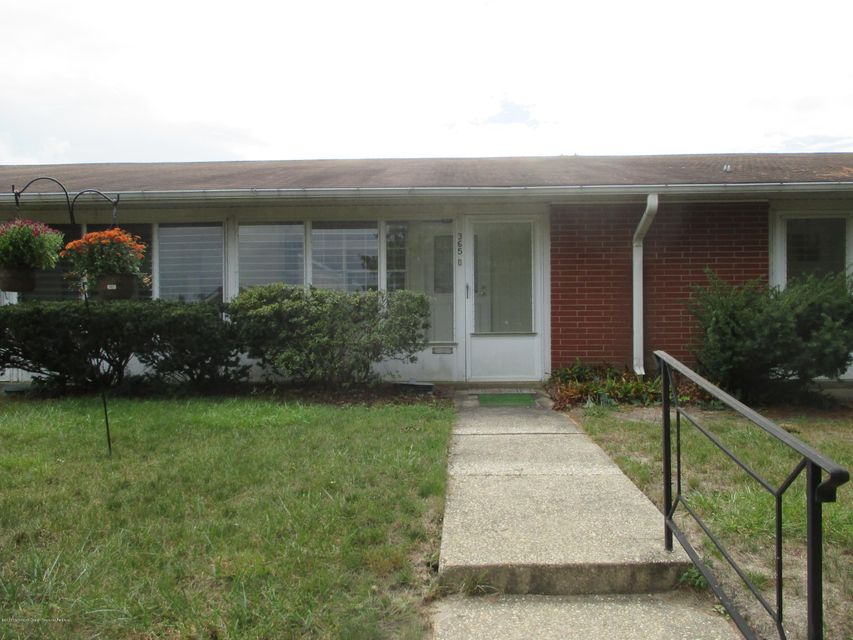 独户住宅 为 出租 在 365d Chesterfield Court 365d Chesterfield Court 莱克伍德, 新泽西州 08701 美国