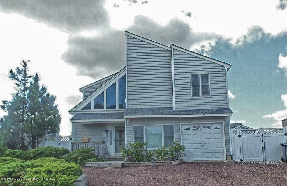 Maison unifamiliale pour l Vente à 104 Thomas Lane 104 Thomas Lane Manahawkin, New Jersey 08050 États-Unis